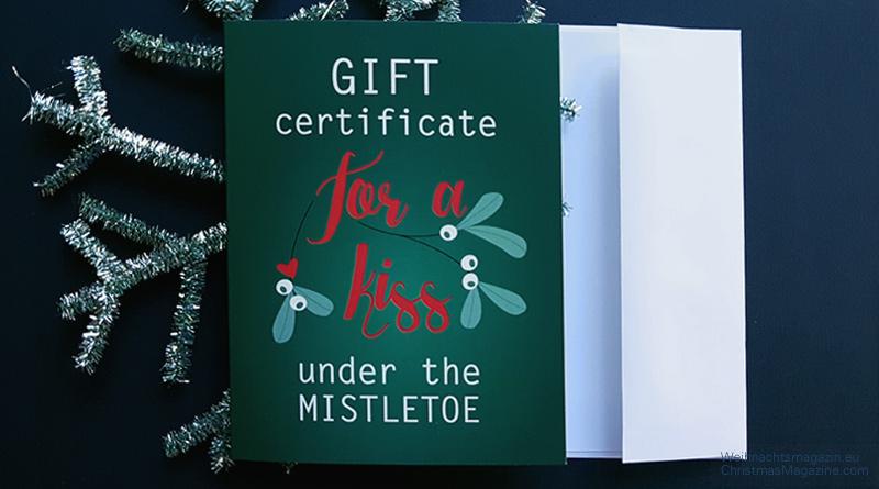 writing Christmas cards, Christmas mailwriting Christmas cards, Christmas mail