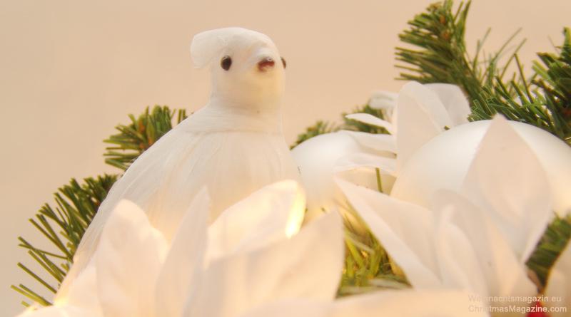 Christmas arrangement, white doves, fairy lights