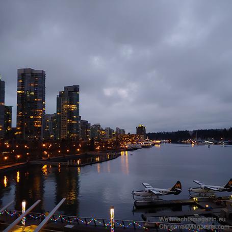 Coal Harbour, Vancouver, blue hour, Christmas market