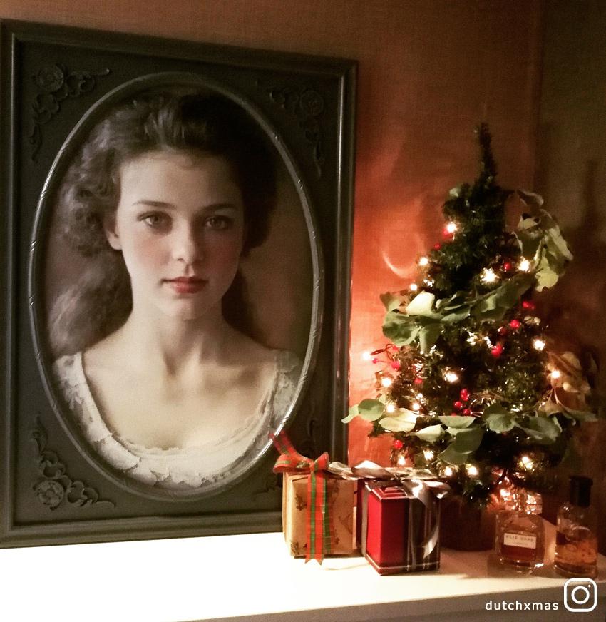 Christmas tree, Christmas presents, Christmas decorations